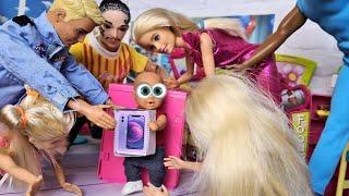 Фото НОВЫЙ АЙФОН МАКСА🤣 Катя и Макс веселая семейка! Смешной сериал куклы в реальной жизни