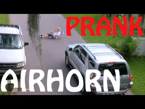 AIR HORN PRANK ON CARS IN PUBLIC (Drive Thrus, Cars, & Skaters) | JOOGSQUAD PPJT