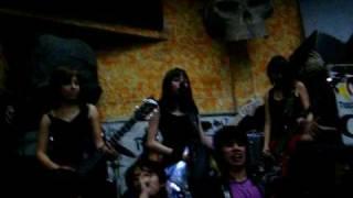 Las Gusanas Punk Rock en El Clandestino!!!