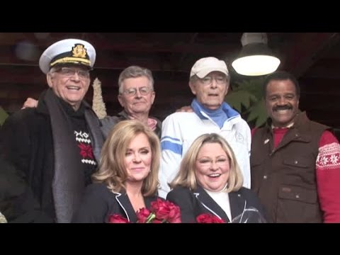 THE LOVE BOAT cast reunites to decorate Rose Parade float