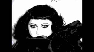 Beth Ditto - I wrote the book (With Lyrics)