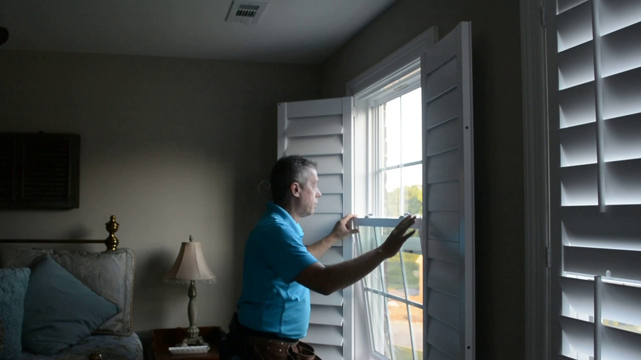 Plantation Shutter With Direct Mount Installation