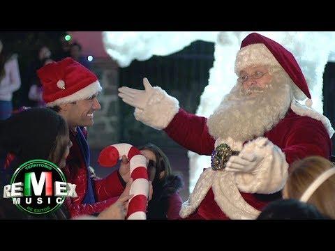 Edwin Luna y La Trakalosa de Monterrey  Santa Claus llegó a la ciudad ft Andrea Escalona