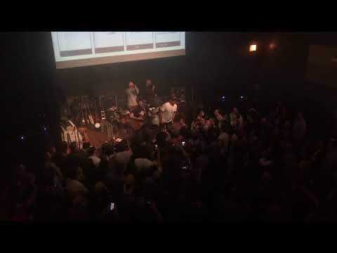 "Dispatch - ""Hey, Hey"" live acoustic encore, crowd sing along"