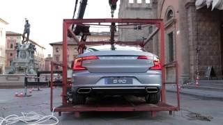 Nuove Volvo S90 e V90. Il lusso svedese a Bologna (teaser)