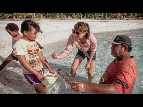 Real Life On A Remote Island 🏝️ || Palmerston Cook Islands - Population 35