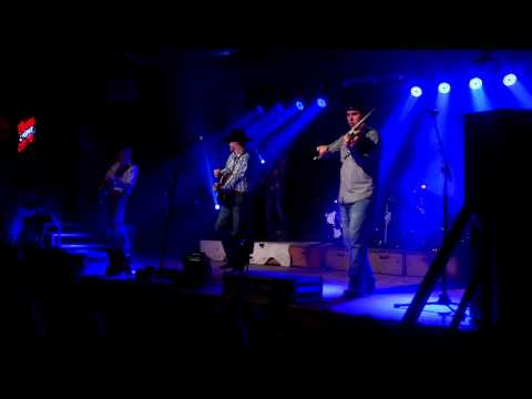 Cody Johnson Band - Dance Her Home on Troubadour, TX Music TV