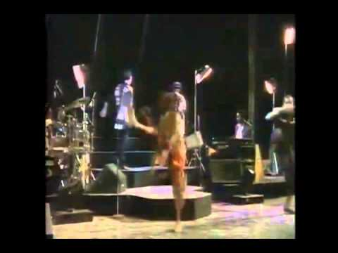 Peter Gabriel & Youssou N'Dour - In Your Eyes (live in athens Greece - 1987)