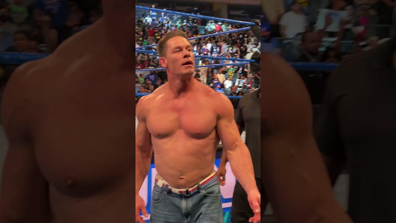 My awkward moment with John Cena at WWE Smackdown! #shorts