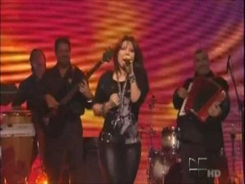 Diana Reyes - Amame, Besame  el show