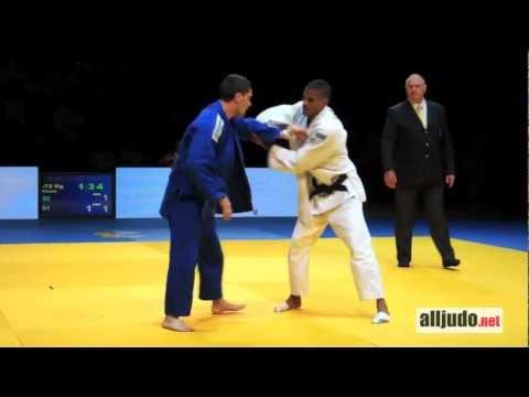 Pierre Duprat (Levallois) - Florent Urani (SGS Judo) / Chpts de France 2012 1D