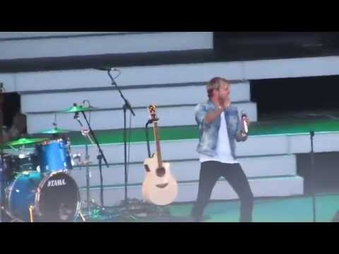 Kian Egan - When You're Looking Like That Live Delamere Forest 06/07/14