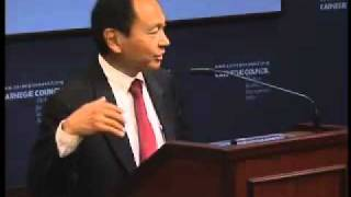 Francis Fukuyama: India vs. China