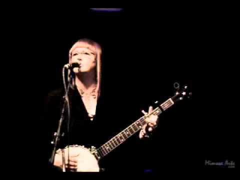 Linda McRae Interview - Highwaywoman Radio Show