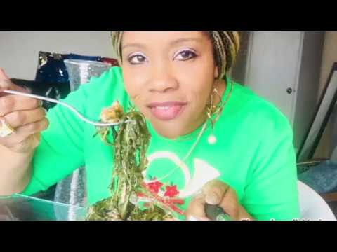 COLLARD GREENS TUTORIAL: PART 1/ HOW TO PICK, WASH, & COOK 👩‍🍳 GREENS/ VIDEO 174