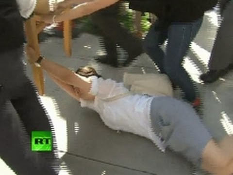 Video: Occupy Hong Kong Protesters Dragged Out Of HSBC HQ