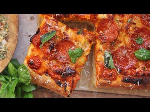Sicilian Pizza with