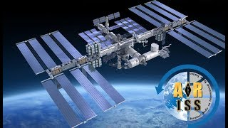 Essex Heights Primary School students talk to the ISS
