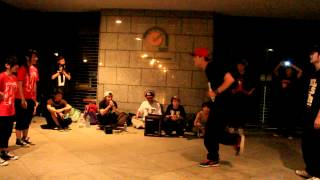 Gambar cover Hip Hop Zoo Ⅲ - FreeStyle V.S Locking part.2