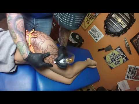 Large thigh tattoo time lapse