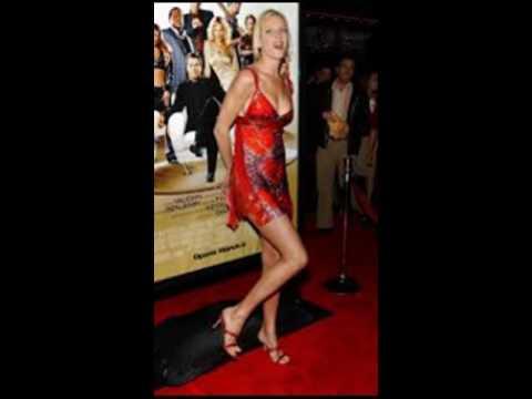 Uma Thurman Shows off Her Feet