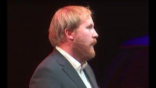 Der Witz in 100 Jahren | Julius Fischer | TEDxDresden