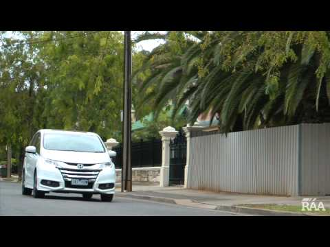 honda-odyssey-2014-car-review