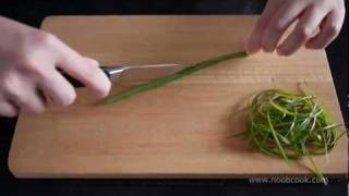 How To Cut Spring Onions For Garnishing