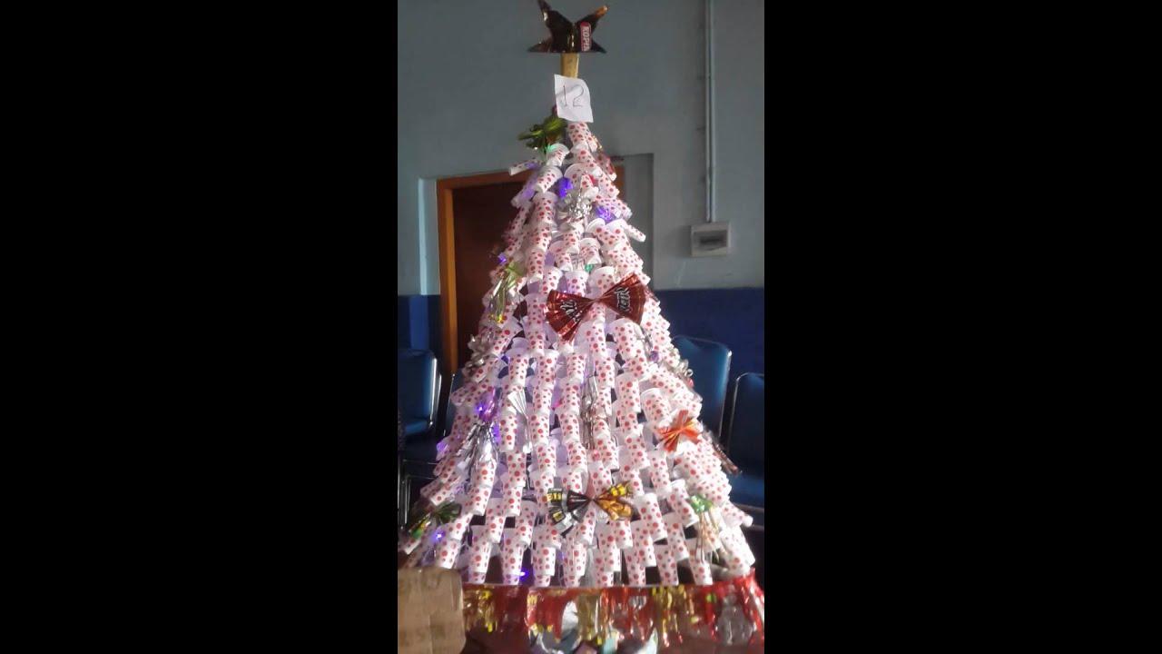 Kreasi pohon natal dari barang bekas - YouTube