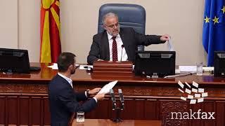 Џафери не му даде збор на Димовски, пратениците од ВМРО-ДПМНЕ лупаа на масите