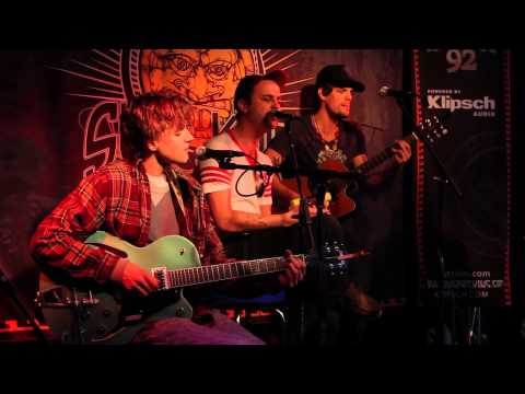 """Houndmouth - """"Sedona"""" (Live In Sun King Studio 92 Powered By Klipsch Audio)"""