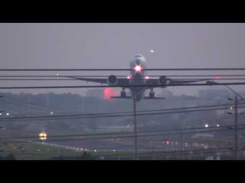 Planes taking off from runway 06L at YYZ Pearson