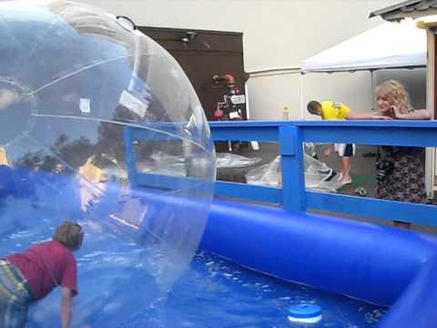 waikiki-water-ball-/-international-market-place