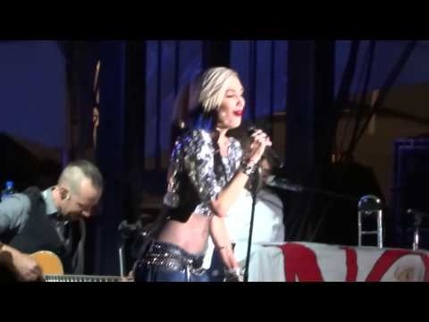 No Doubt  Simple Kind of Life  Riotfest 2015  Chicago, IL  09112015
