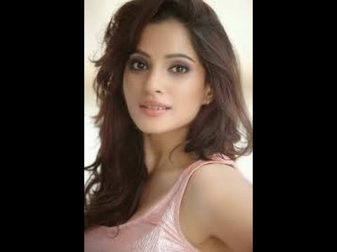 Priya Bapat Hot Scenes thumbnail