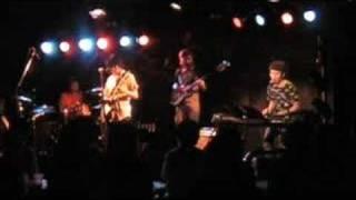2008年5月11日大阪KNAVEで行われたTHE TOKYO EVENING vol.11でのセッシ...
