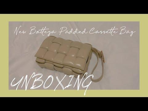 [UNBOXING 언박싱] New Bottega Padded Cassette Bag 뉴보테가 패디드 카세트백 Bottega Veneta 보테가 베네타 SYDNEY 시드니 내돈내산