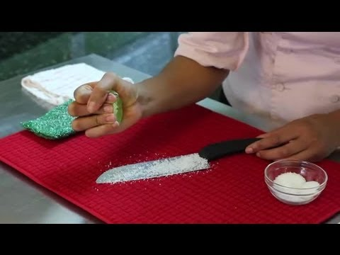 How to Clean Knife Blades With Lime Juice : Helpful Kitchen Tips