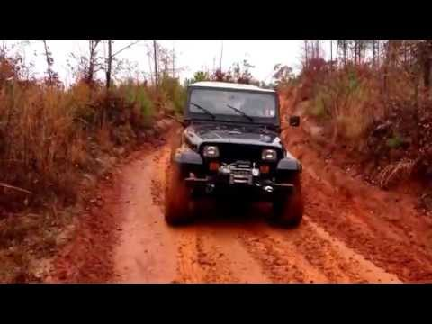 Golden Triangle Jeep Club - Barnyard Mudboggers - 11/17/13