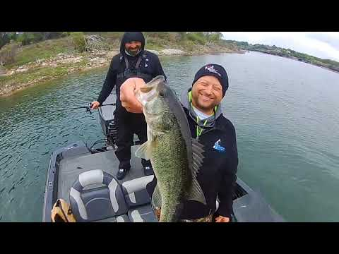 Lake Whitney Spring Bass Fishing Continues..Rippin Lips