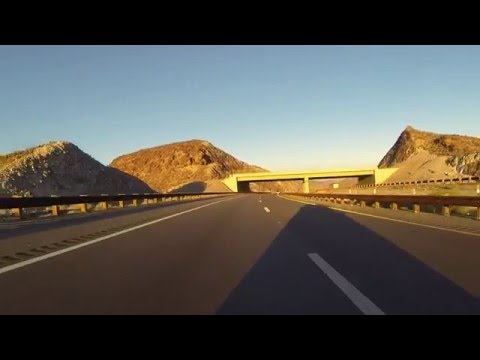 U.S. Route 93 South past strange unconnected overpasses, Arizona, 19 December 2015, GP020040