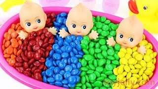 Learn Colors M&M's Chocolate Triple Baby Doll Bath Time Kinder Surprise Eggs Slime Clay Toy for Kids