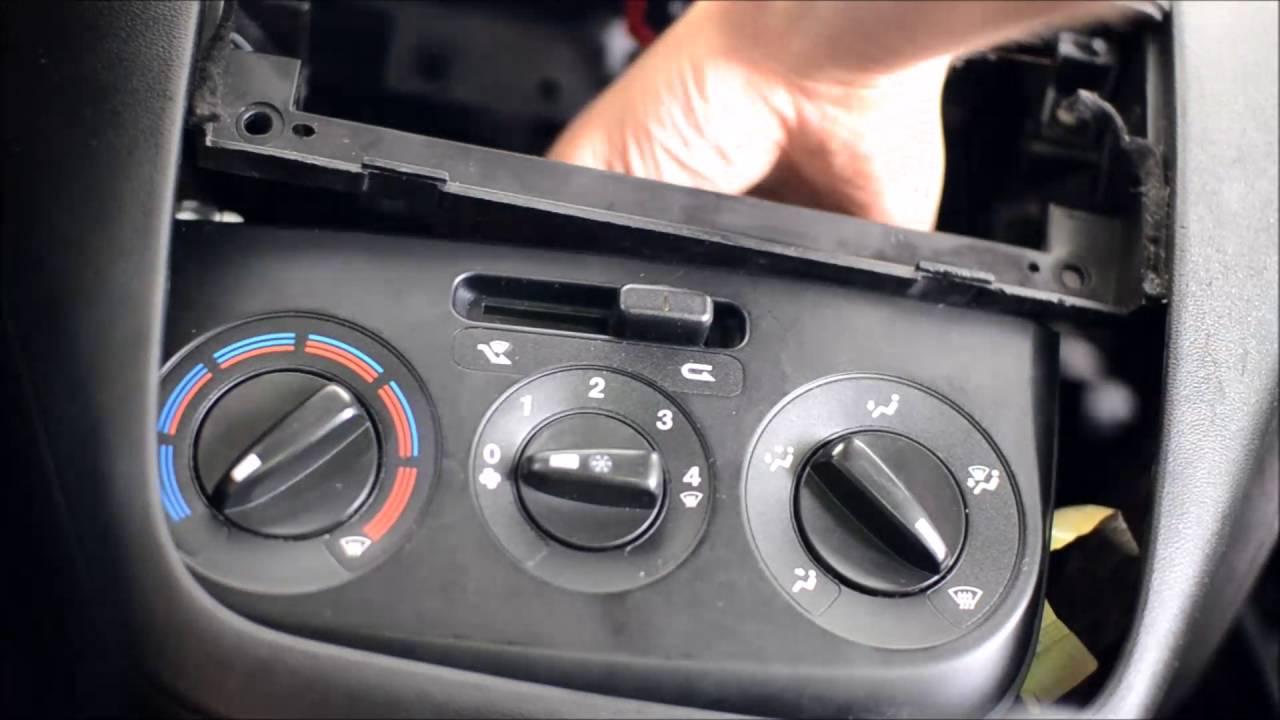 Fiat Linea Konsol Klima Aydınlatma Ampullerinin Değişimi