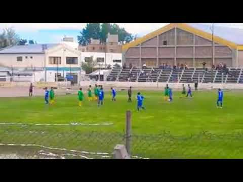 Zapala,  Nqn- Ale Ortiz hacé un golazo para el Club Don Bosco