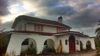 Urban Exploration: Abandoned House on Florida