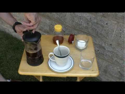 Make Solar Coffee, Cooking with the Sun using a coffee press