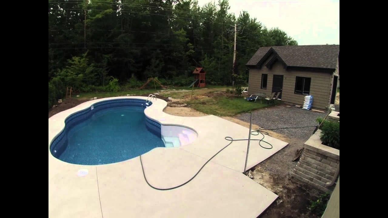 Time lapse remplissage de la piscine 1 jour et demi en 1 for Remplissage automatique piscine