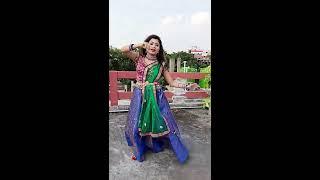 সর্বত মঙ্গল রাধে বিনোদিনী রাই (sorboto mongolo radhe bonodini rai beautiful dance)