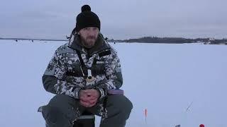 Зимняя рыбалка Плотва на водохранилище