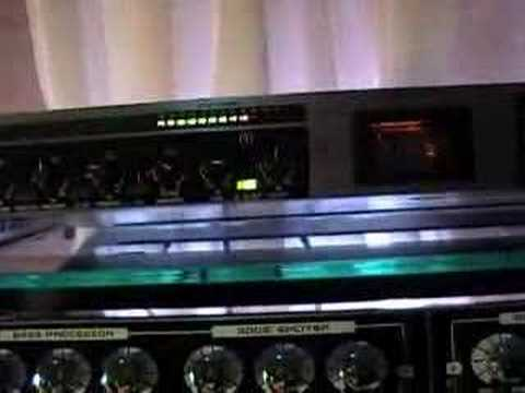 Behringer Ultragain Pro MIC2200 + Joe Meek Twin Q